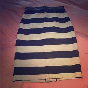 Banana republic pencil skirt. Size 8